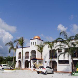Hotel-Casablanca-Parque-Tematico-Hacienda-Napoles-galeria-2