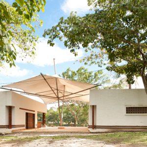 Hotel-camping-Doradal-Parque-Tematico-hacienda-Napoles-galeria-6